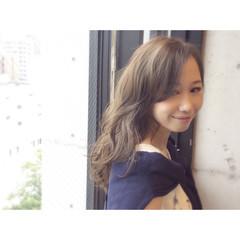 大人かわいい フェミニン セミロング おフェロ ヘアスタイルや髪型の写真・画像