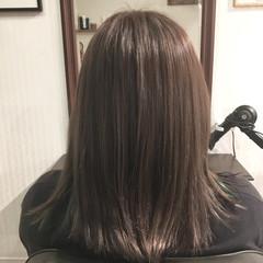 ヘアカラー インナーカラー ナチュラル セミロング ヘアスタイルや髪型の写真・画像