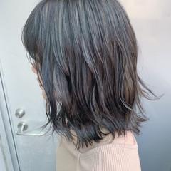 グレージュ ハイライト コントラストハイライト ミディアム ヘアスタイルや髪型の写真・画像
