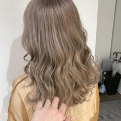 簡単ヘアアレンジ モテ髪 ナチュラル アッシュグレージュ ヘアスタイルや髪型の写真・画像