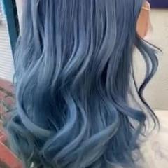 派手髪 ブリーチ ガーリー ネイビー ヘアスタイルや髪型の写真・画像