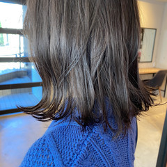 ミディアム ブルージュ ナチュラル グレージュ ヘアスタイルや髪型の写真・画像