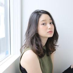 外国人風 ハイライト グラデーションカラー 大人かわいい ヘアスタイルや髪型の写真・画像