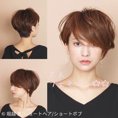 ショート ショートレイヤー ショートヘア ナチュラル ヘアスタイルや髪型の写真・画像