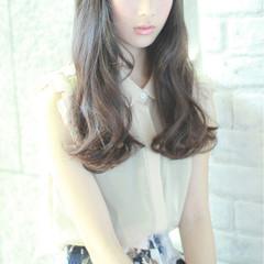 暗髪 ガーリー ワイドバング 大人かわいい ヘアスタイルや髪型の写真・画像