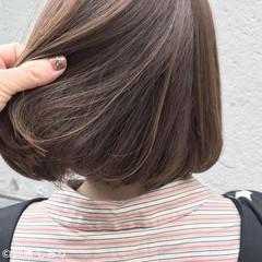 ボブ ブラウンベージュ ゆるふわ ハイライト ヘアスタイルや髪型の写真・画像