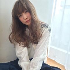 爽やか ロング パーマ 外国人風 ヘアスタイルや髪型の写真・画像