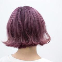 ラベンダーピンク ボブ フェミニン ハイトーン ヘアスタイルや髪型の写真・画像