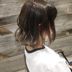 ストリート アンニュイ ハイライト ウェーブ ヘアスタイルや髪型の写真・画像