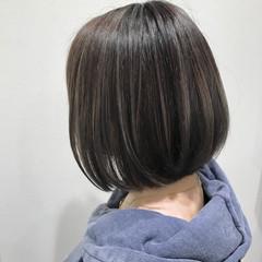 ボブ コントラストハイライト フェミニン グレージュ ヘアスタイルや髪型の写真・画像