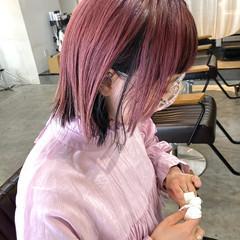 ラベンダーアッシュ ブリーチカラー フォギーアッシュ インナーカラー ヘアスタイルや髪型の写真・画像