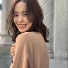 ヘアアレンジ デート ミディアム オフィス ヘアスタイルや髪型の写真・画像