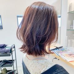 ミディアム アンニュイほつれヘア 簡単ヘアアレンジ デート ヘアスタイルや髪型の写真・画像