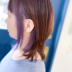 パープルカラー ウルフカット ピンクパープル セミロング ヘアスタイルや髪型の写真・画像
