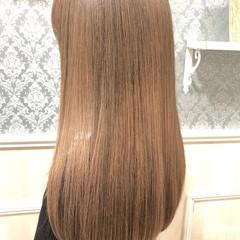 ロング ヌーディーベージュ ナチュラルベージュ ベージュ ヘアスタイルや髪型の写真・画像