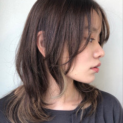 ニュアンスウルフ フェミニンウルフ ニュアンスパーマ インナーカラー ヘアスタイルや髪型の写真・画像