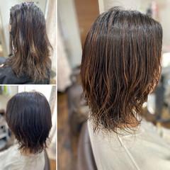 無造作パーマ 切りっぱなしボブ エレガント ボブ ヘアスタイルや髪型の写真・画像