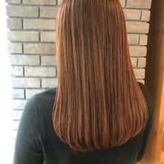 フェミニン デート オレンジベージュ オフィス ヘアスタイルや髪型の写真・画像
