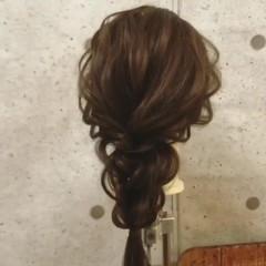 セミロング ヘアアレンジ 簡単ヘアアレンジ 波ウェーブ ヘアスタイルや髪型の写真・画像