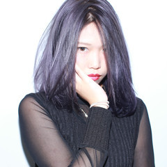 外国人風 ミディアム 暗髪 ストリート ヘアスタイルや髪型の写真・画像
