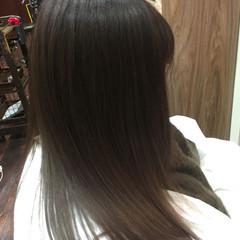 イルミナカラー アッシュ ミルクティー ロング ヘアスタイルや髪型の写真・画像