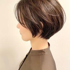 大人かわいい ナチュラル ショートヘア オフィス ヘアスタイルや髪型の写真・画像
