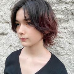 ミディアム ナチュラルウルフ ウルフカット ナチュラル ヘアスタイルや髪型の写真・画像