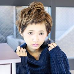 小顔 似合わせ ショート ストリート ヘアスタイルや髪型の写真・画像