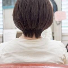 ショートボブ 大人かわいい アッシュベージュ ショート ヘアスタイルや髪型の写真・画像