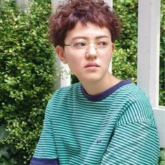 外国人風 パーマ ストリート ハイライト ヘアスタイルや髪型の写真・画像