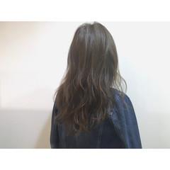 アッシュ ハイライト ゆるふわ 外国人風 ヘアスタイルや髪型の写真・画像