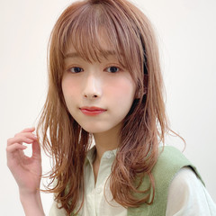 レイヤーカット 大人かわいい 簡単スタイリング ミディアム ヘアスタイルや髪型の写真・画像