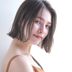 外国人風カラー リラックス ショート 小顔 ヘアスタイルや髪型の写真・画像