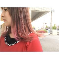 ウェーブ アンニュイ ミディアム オフィス ヘアスタイルや髪型の写真・画像