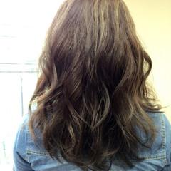 イルミナカラー 外国人風 大人かわいい メッシュ ヘアスタイルや髪型の写真・画像