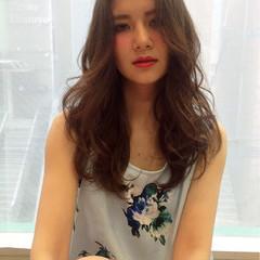 暗髪 外国人風 ストリート 大人かわいい ヘアスタイルや髪型の写真・画像