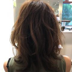 おフェロ レイヤーカット ミディアム 秋 ヘアスタイルや髪型の写真・画像