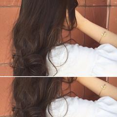 フェミニン アッシュ 暗髪 ロング ヘアスタイルや髪型の写真・画像