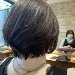 レイヤーボブ 大人ショート レイヤースタイル ショート ヘアスタイルや髪型の写真・画像