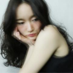 外国人風 大人かわいい パーマ フェミニン ヘアスタイルや髪型の写真・画像