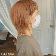 ミディアム 秋冬スタイル ミニボブ ウルフカット ヘアスタイルや髪型の写真・画像