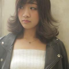 小顔 ナチュラル こなれ感 外国人風 ヘアスタイルや髪型の写真・画像