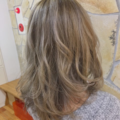 大人ハイライト ハイライト ナチュラル コントラストハイライト ヘアスタイルや髪型の写真・画像