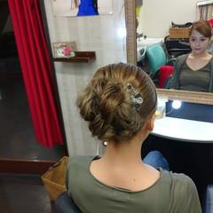 セミロング エレガント 簡単ヘアアレンジ ヘアセット ヘアスタイルや髪型の写真・画像