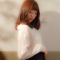 ストレート セミロング 大人女子 オフィス ヘアスタイルや髪型の写真・画像