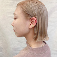 ハイトーン モード ボブ オフィス ヘアスタイルや髪型の写真・画像