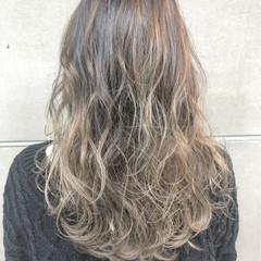 アウトドア 上品 ミディアム エレガント ヘアスタイルや髪型の写真・画像