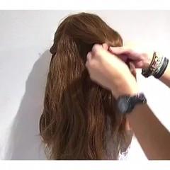 リラックス アウトドア ヘアアレンジ 簡単ヘアアレンジ ヘアスタイルや髪型の写真・画像