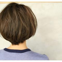外国人風 ショート 耳かけ ショートボブ ヘアスタイルや髪型の写真・画像