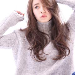 大人かわいい ロング かき上げ前髪 コンサバ ヘアスタイルや髪型の写真・画像